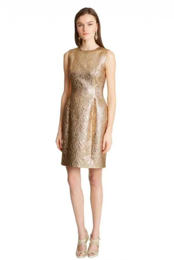 Коктейльное платье с золотого цвета