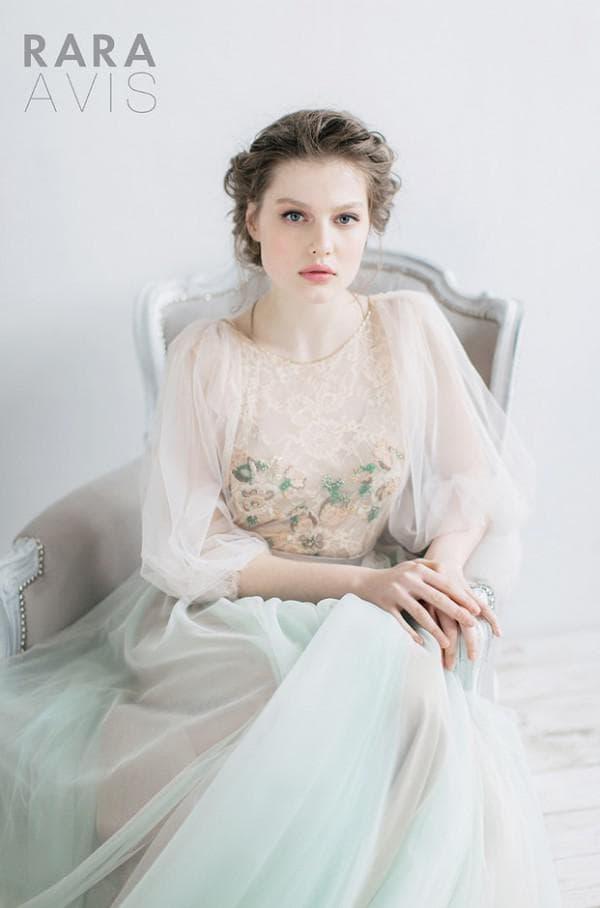 Цветное свадбеное платье