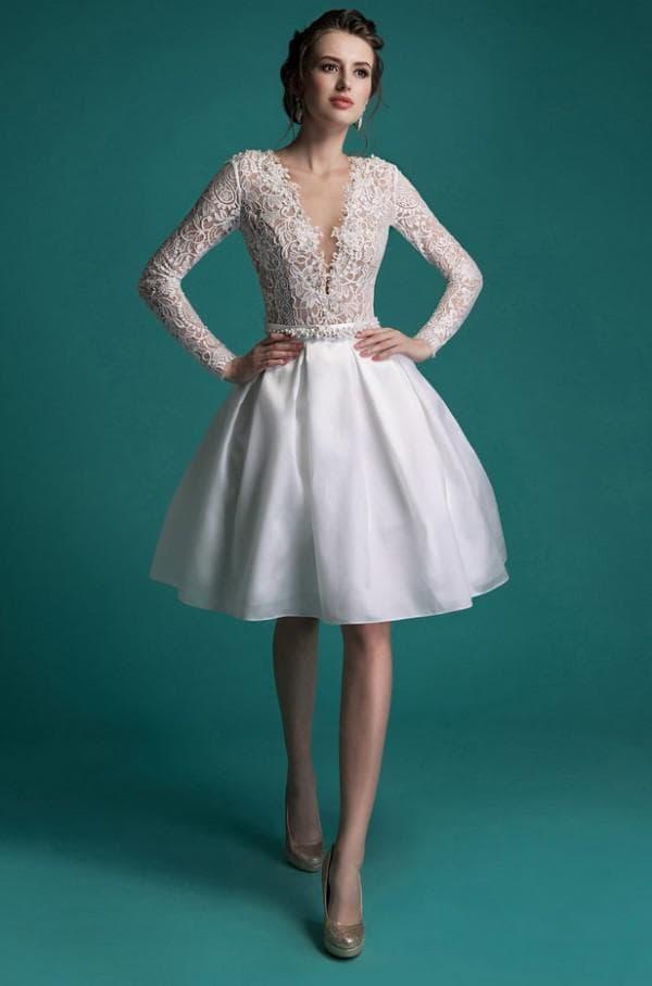 Короткое свадебное платье трансформер с кружевом