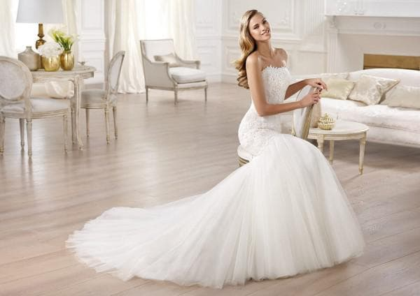 Свадебное платье трансформер со шлейфом