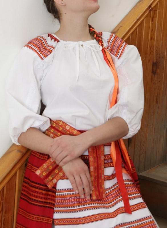 Штапельное платье в народном стиле