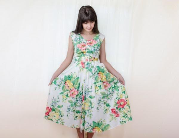Штапельное платье длины миди