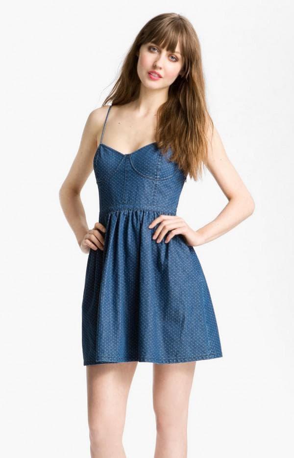 Платье мини из джинсовой ткани