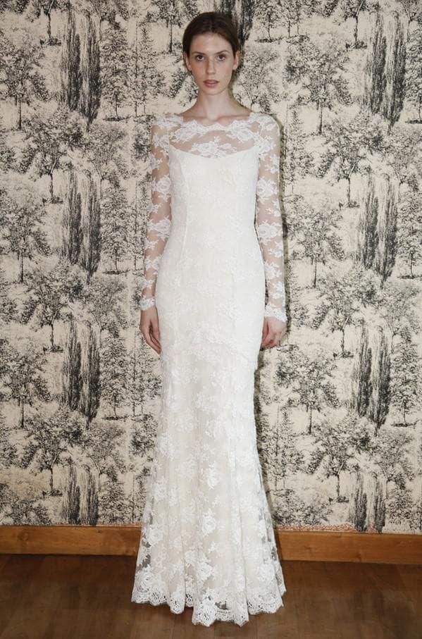 Свадебное платье в пол из кружева
