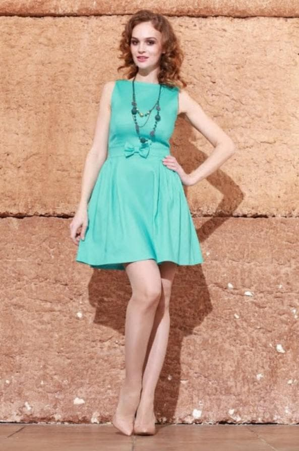 Повседневное платье цвета тиффани