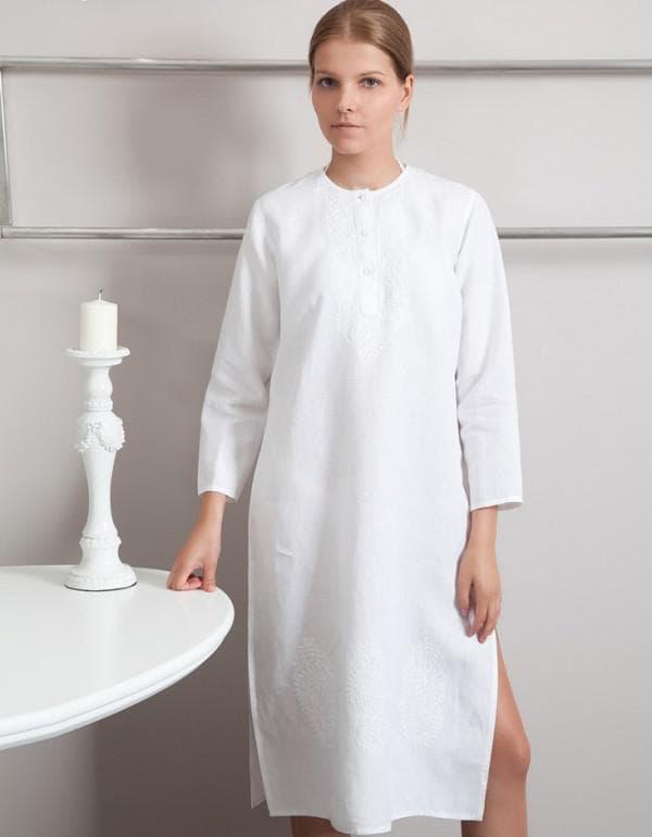 Белое льняное платье для полных девушек