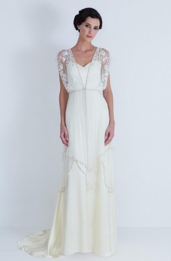 Изысканное свадебное платье в стиле винтаж