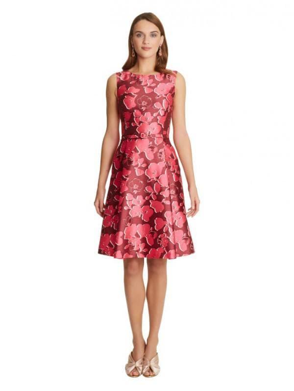 Повседневное платье французской длины