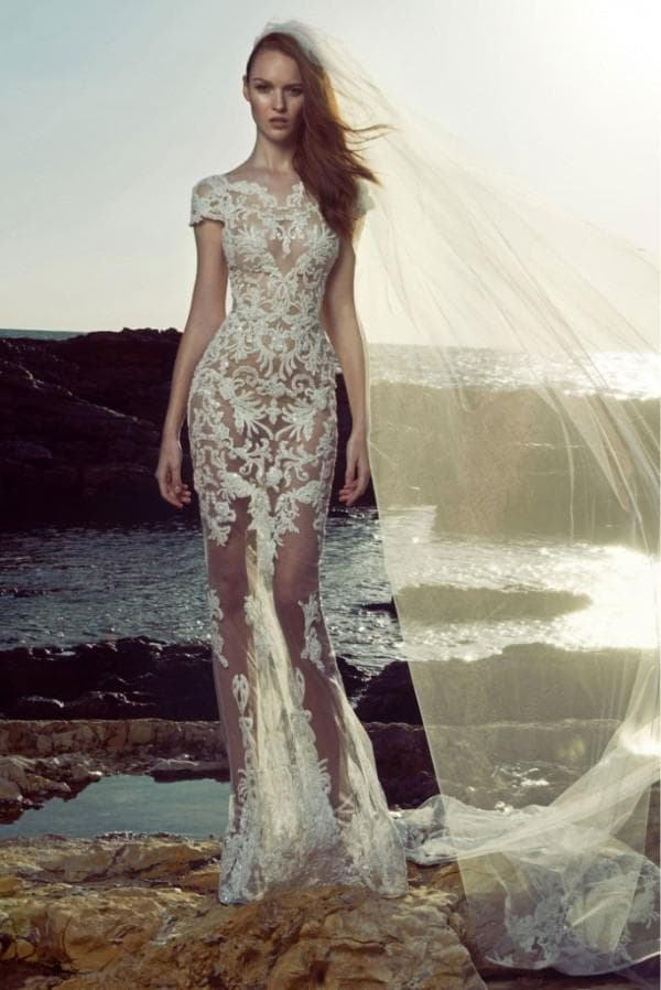 дизайнерское прямое платье с кружевом