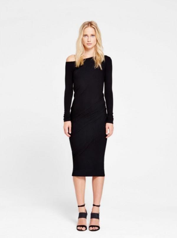 Стильное чёрное платье француской длины