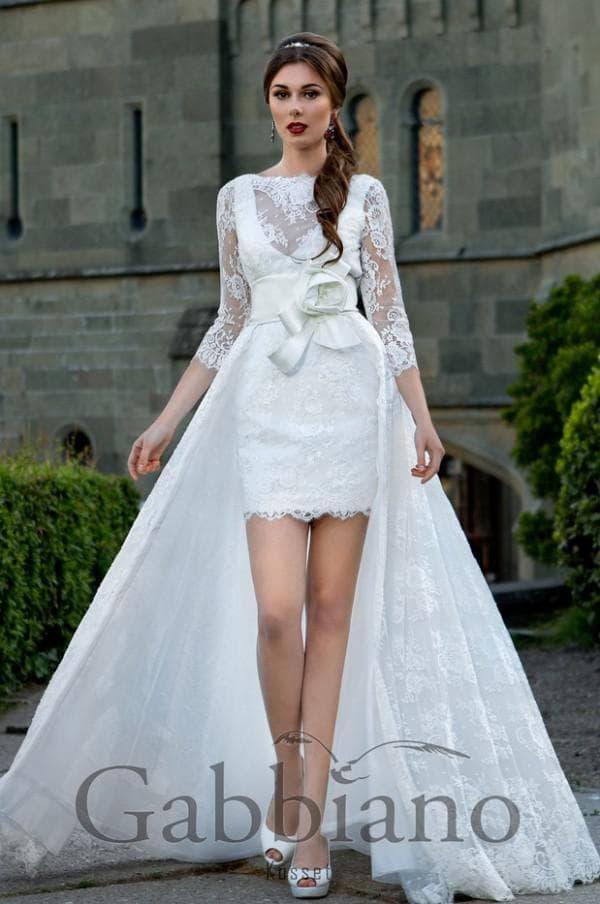 Короткое кружевное свадебное платье трансформер