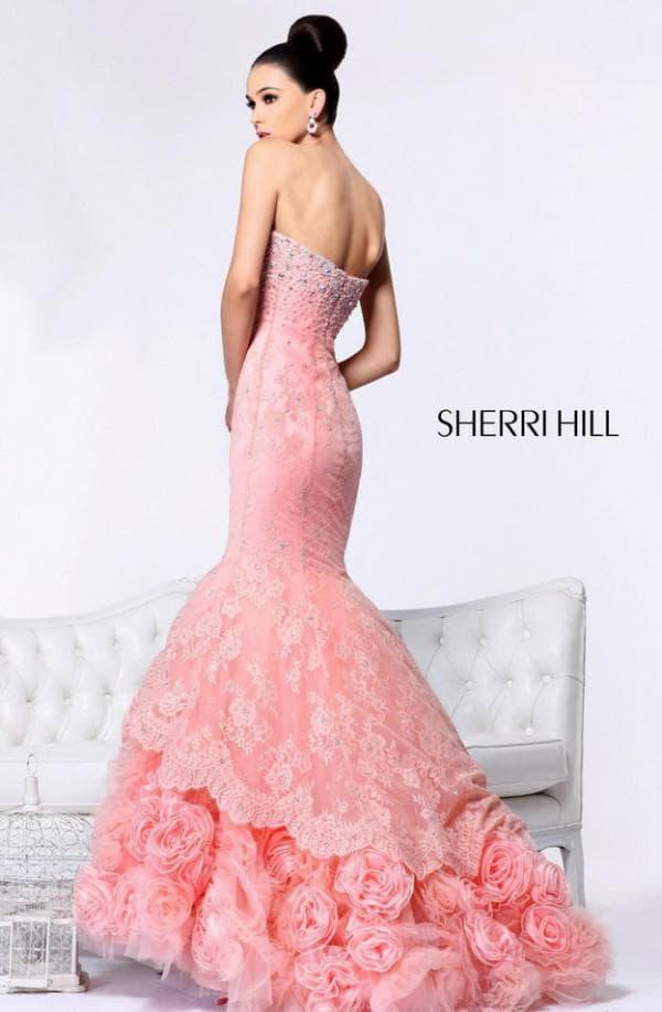 Розовое вечернее платье рыбка