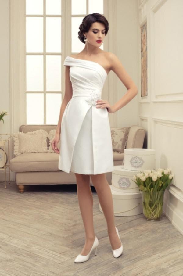 Дизайнерское недорогое свадебное платье