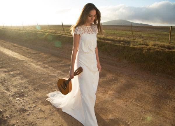 Длинное свадебное платье в ретро стиле