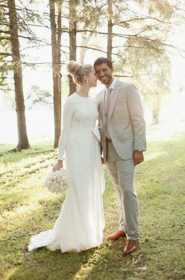 Скромное свадебное платье в пол