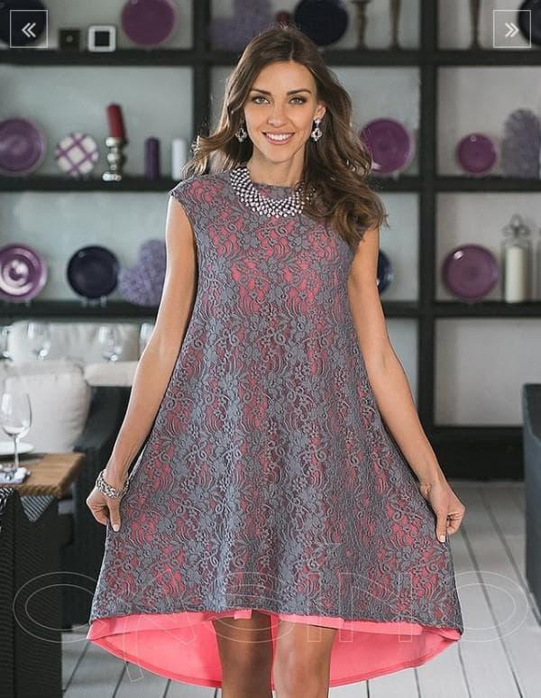 Асимметричное коктейльное платье с гипюром