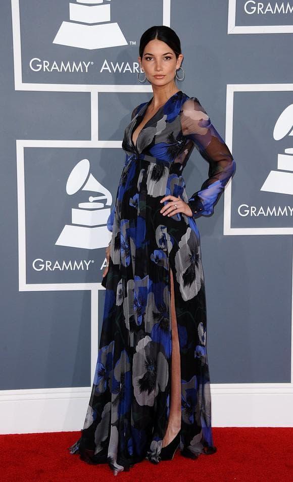 Роскошное платье для беременной женщины