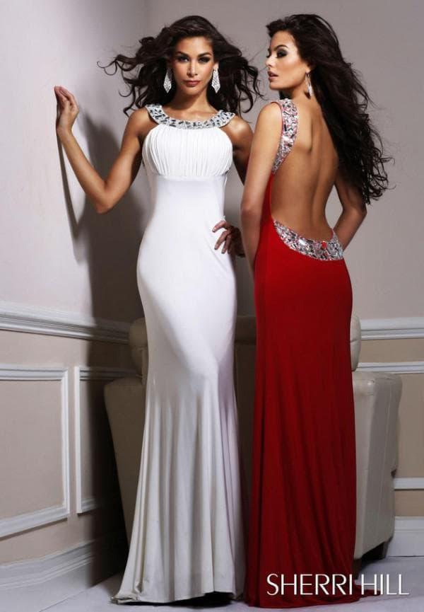 Красное и белое платья с открытой спиной