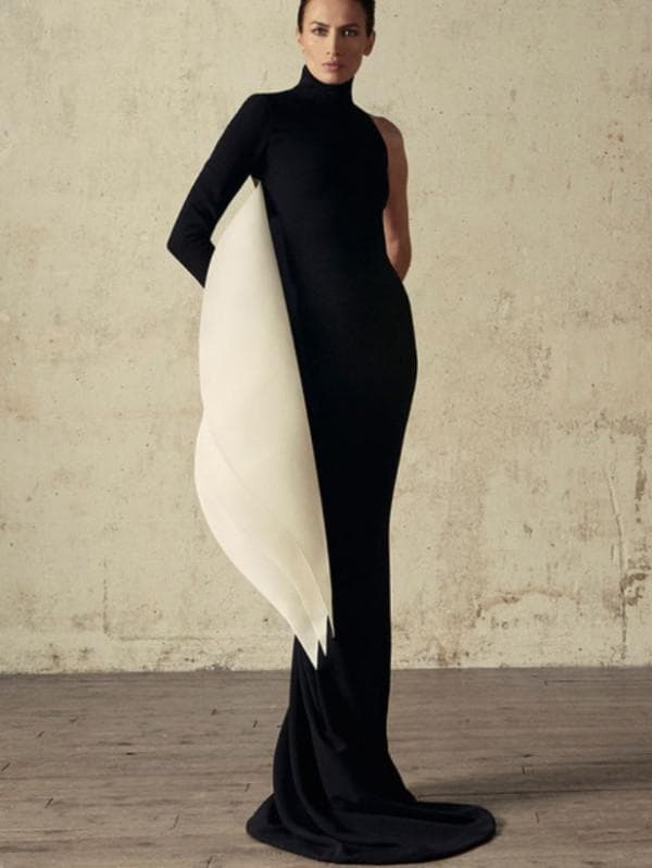 Вечернее черное обтягивающее платье в пол
