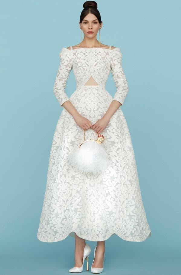Дизайнерское длинное кружевное платье