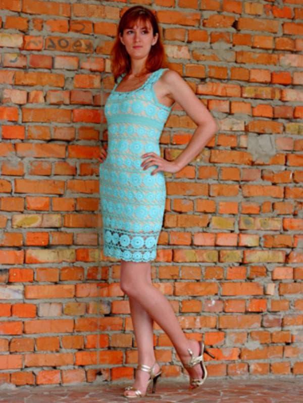 Голубое платье ирландское кружево