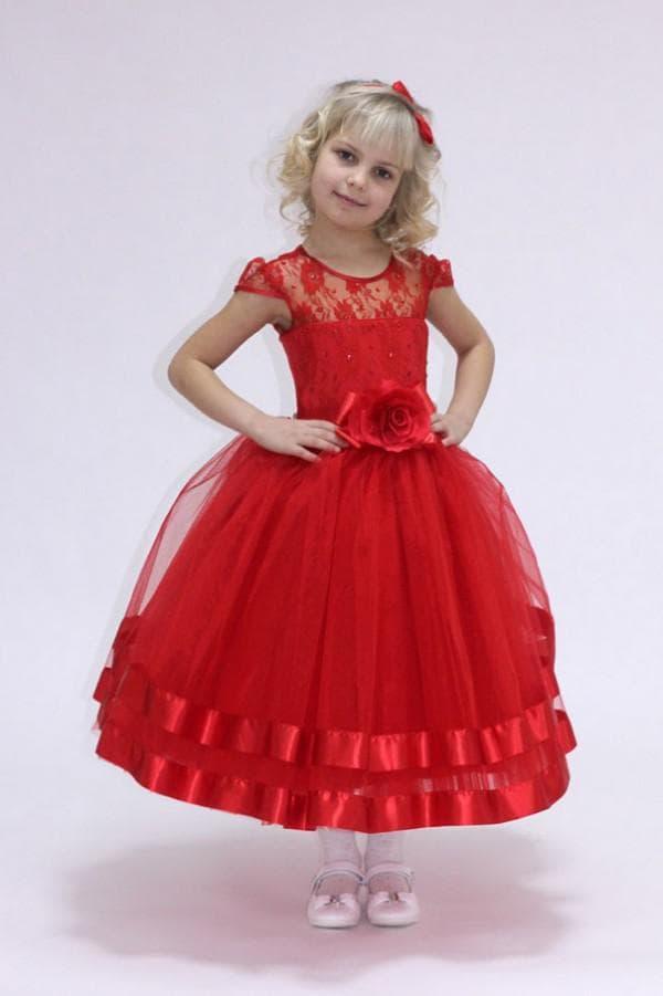Красное пышное платье для ребенка на праздник