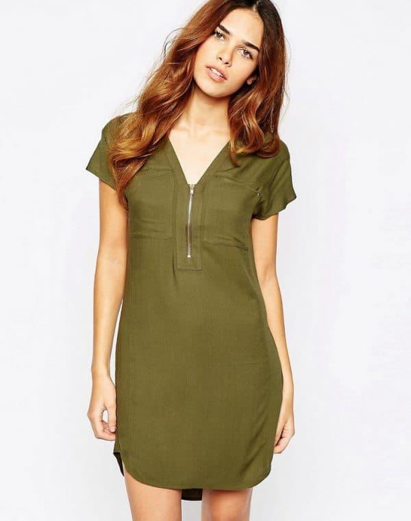 Прямое платье-рубашка цвета хаки