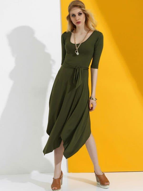 Платье цвета хаки с асимметричным подолом