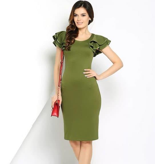 Романтический образ с платьем цвета хаки