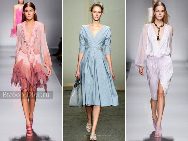 Платья с декольте светлых оттенков