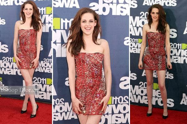 Kristen Stewart в красном платье