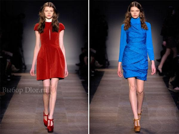 Классическое красное и синее платье