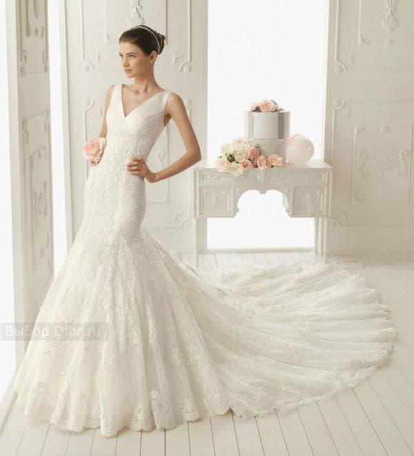 Свадебное платье-русалка - фото