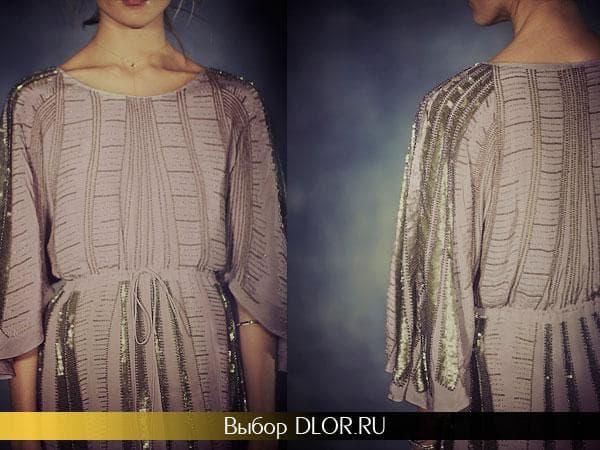 Платье оформленое в римском стиле