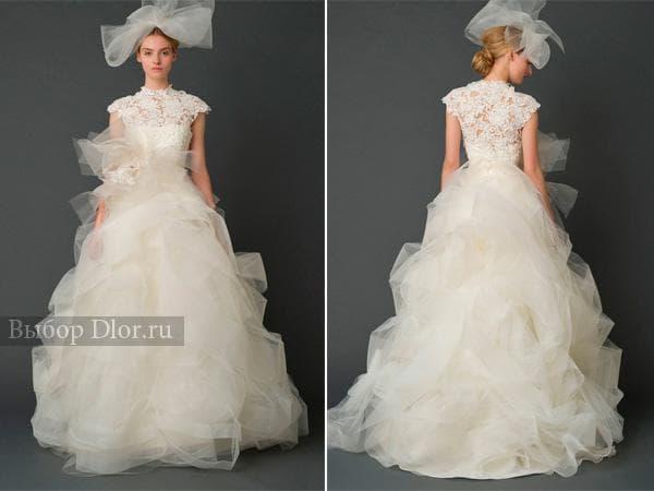 Пышное платье с бантом и кружевным верхом
