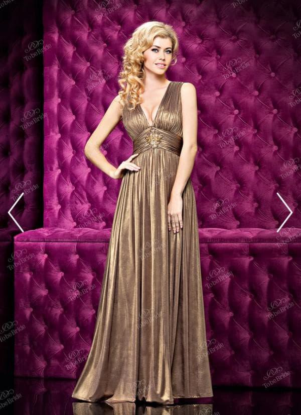 Вечернее платье бронзового цвета
