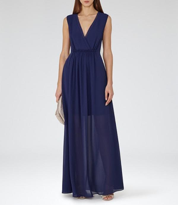 Нарядное синее платье на выпускной