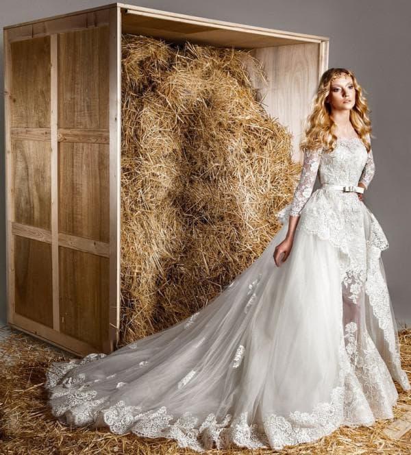 Дизайнерское кружевное платье невесты с длинными рукавами