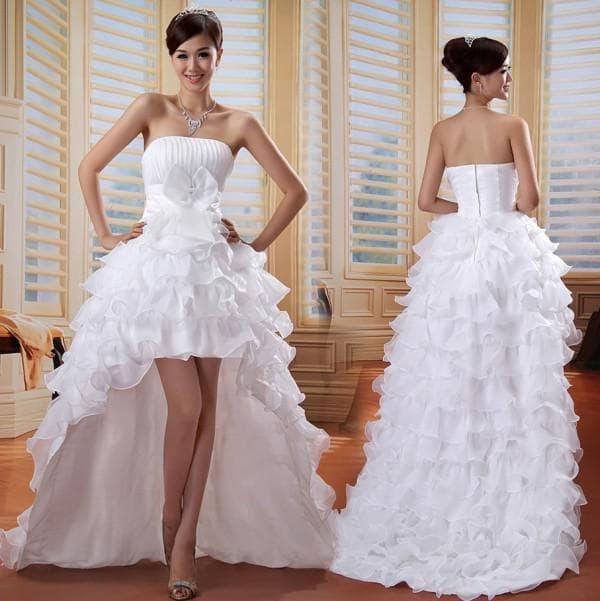 Свадебное платье маллет с задрапированной юбкой