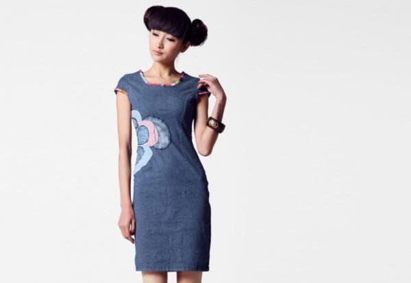Платье футляр из джинсы