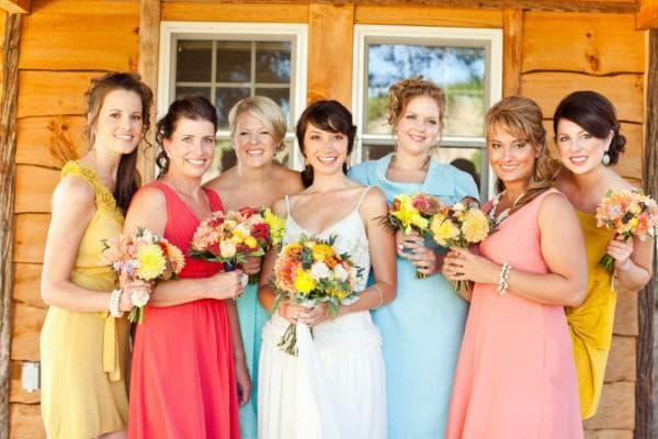 Платья для гостей на свадьбе в стиле рустик