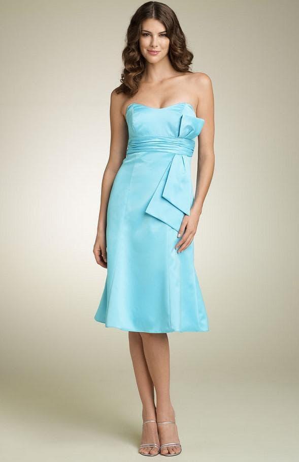 Элегантное платье бюстье цвета тиффани