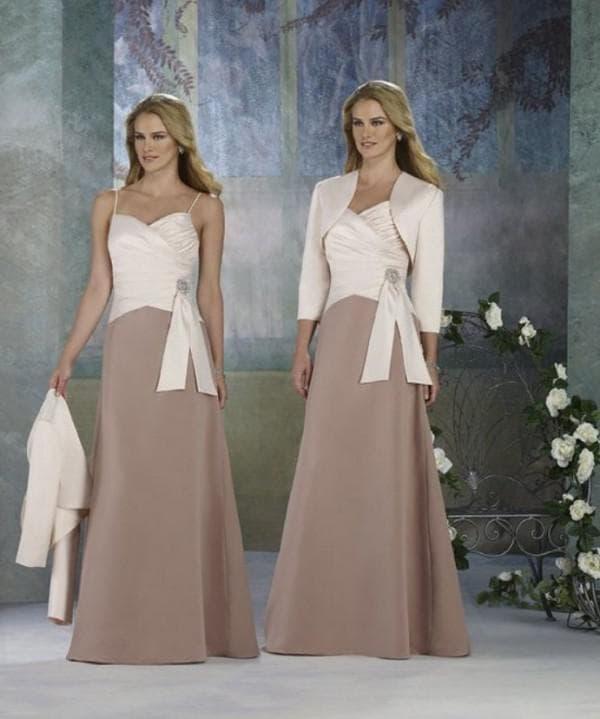 Длинное платье для мамы жениха на свадьбу с болеро