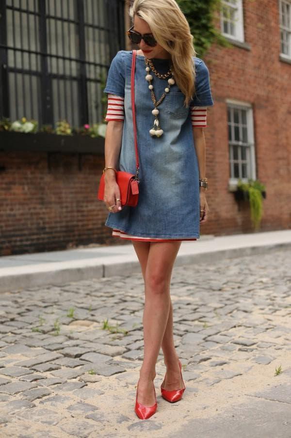 С чем носить джинсовое платье сумка