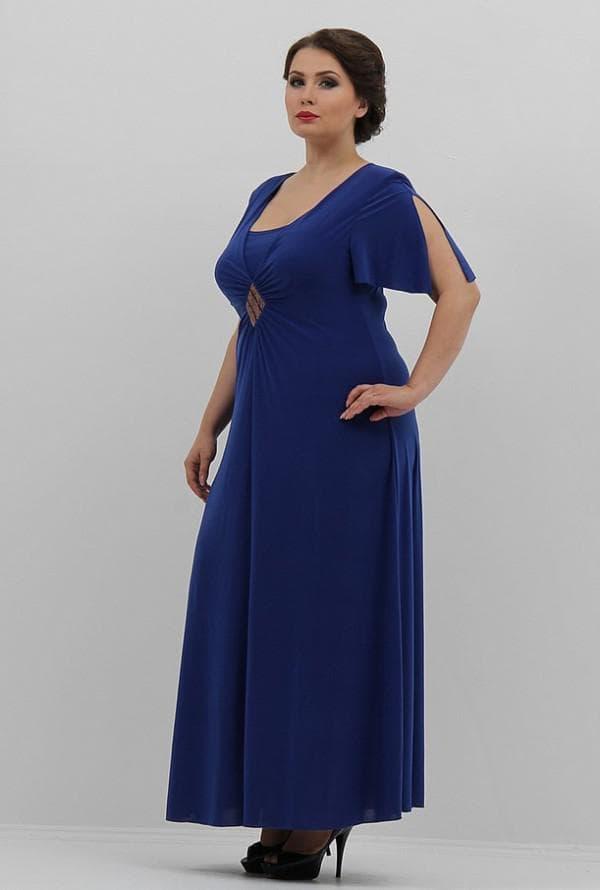 Вечернее платье с завышенной талией для полных