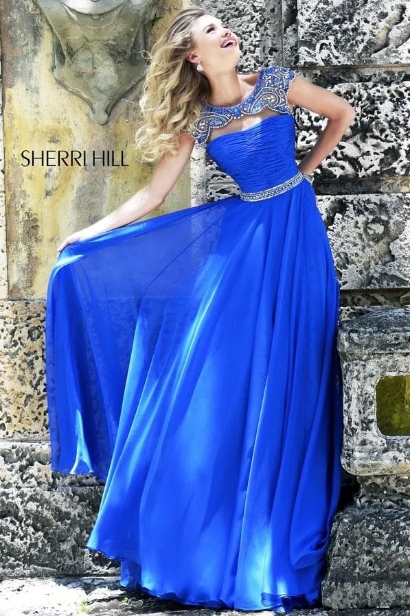 Синее атласное платье в пол