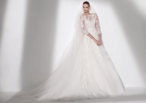 Свадебное платье пышное со шлейфом