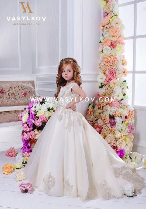 Платье для девочки на свадьбу со шлейфом