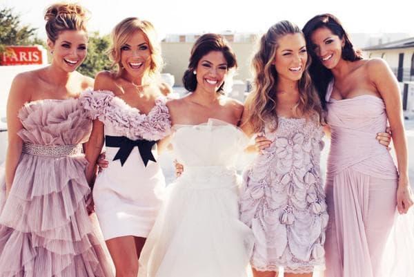 Разные платья для подружек невесты на свадьбу