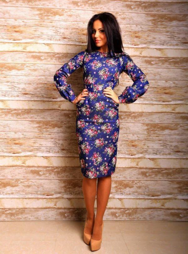 Платье до колен в цветок